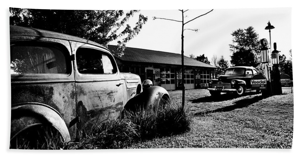 Classic Bath Sheet featuring the photograph Old Gas Station by Cale Best