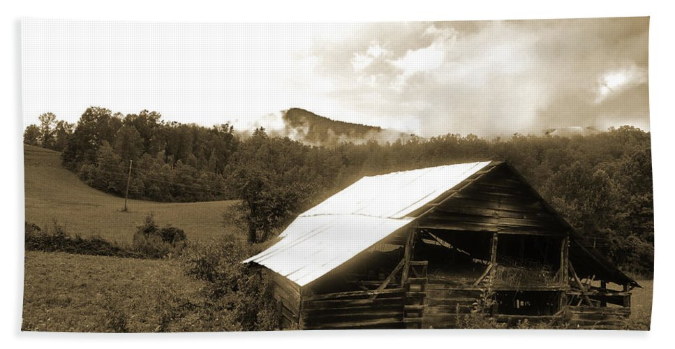 Old Hay Barn Bath Sheet featuring the photograph Old Hay Barn by Christine Stonebridge