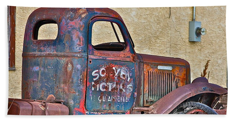 Old Truck Bath Sheet featuring the photograph Old Truck by Johanna Bruwer