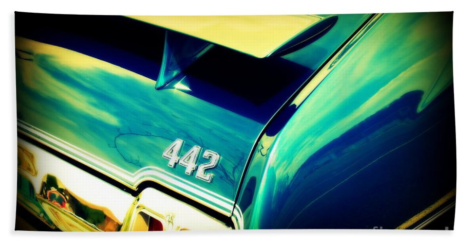 Oldsmobile 442 Bath Sheet featuring the photograph Oldsmobile 442 by Susanne Van Hulst