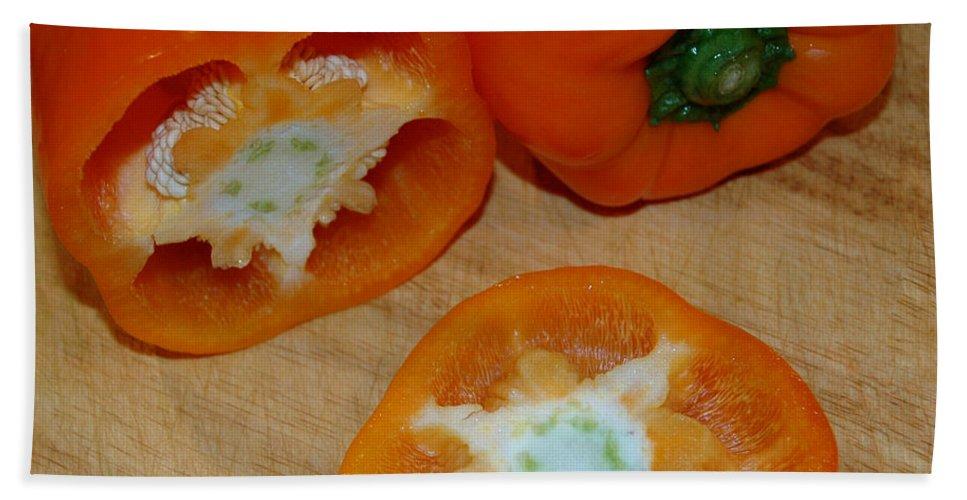 Usa Bath Sheet featuring the photograph Orange Peppers by LeeAnn McLaneGoetz McLaneGoetzStudioLLCcom
