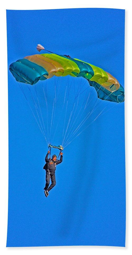 Parachute Bath Sheet featuring the photograph Parachuting by Karol Livote