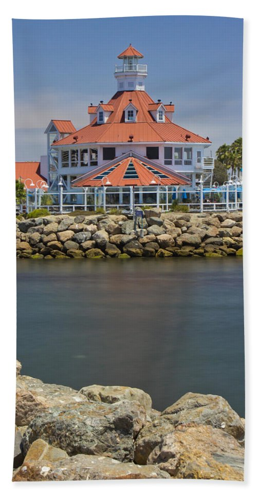 Long Beach Bath Sheet featuring the photograph Parker's Lighthouse by Heidi Smith