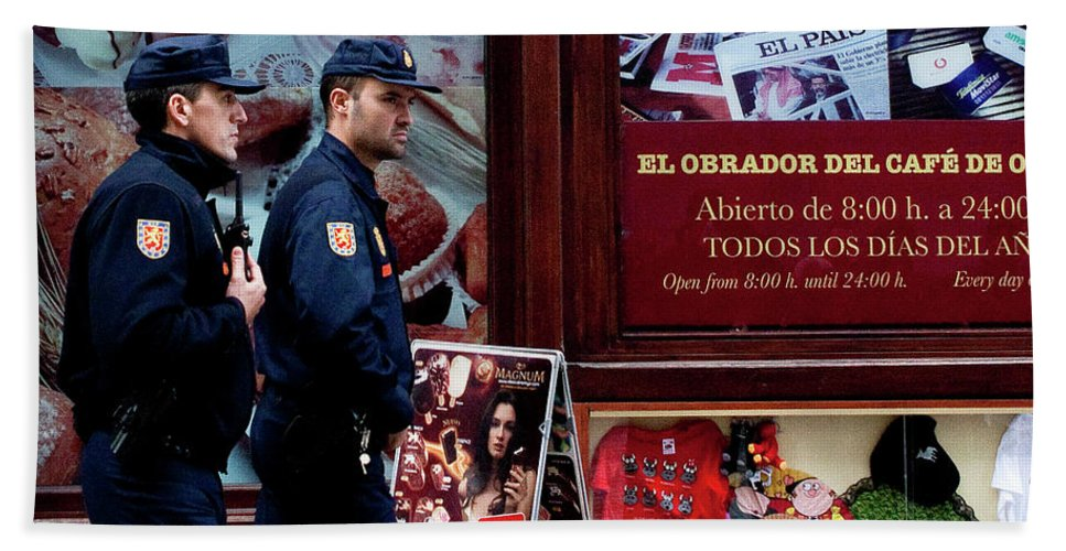 Madrid Hand Towel featuring the photograph Passing Plaza Police by Lorraine Devon Wilke
