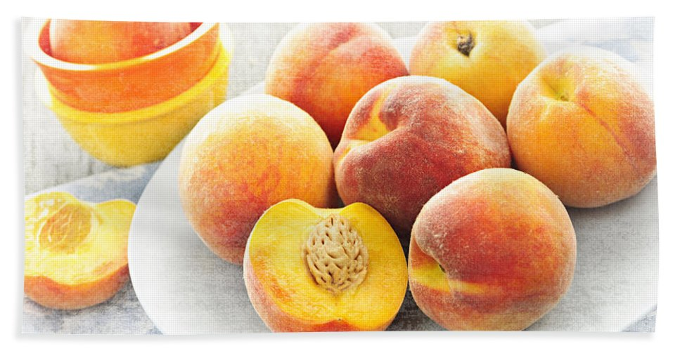 Peaches Hand Towel featuring the photograph Peaches On Plate by Elena Elisseeva