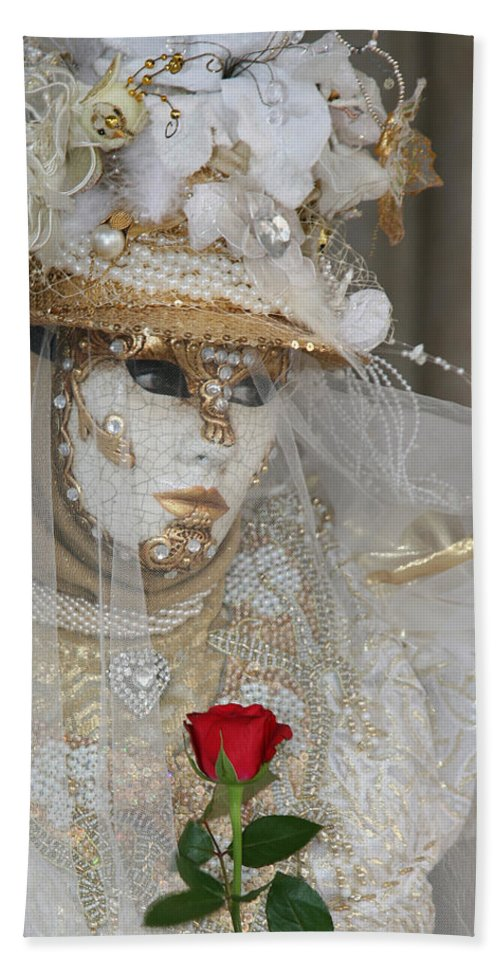 Venice Bath Towel featuring the photograph Pearl Bride With Rose 2 by Donna Corless