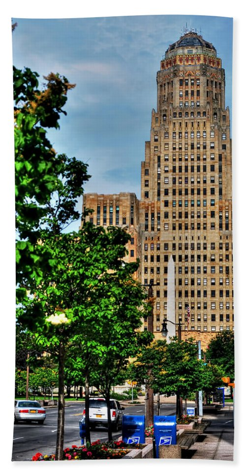 Hand Towel featuring the photograph Pedestrian View Of City Hall Vert by Michael Frank Jr