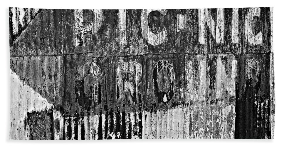 Herman Adam's Bar And Grocery Hand Towel featuring the photograph Picnic Ground Monochrome by Steve Harrington