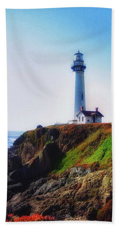 Pigeon Point Lighthouse Hand Towel featuring the photograph Pigeon Point Lighthouse by Linda Dunn