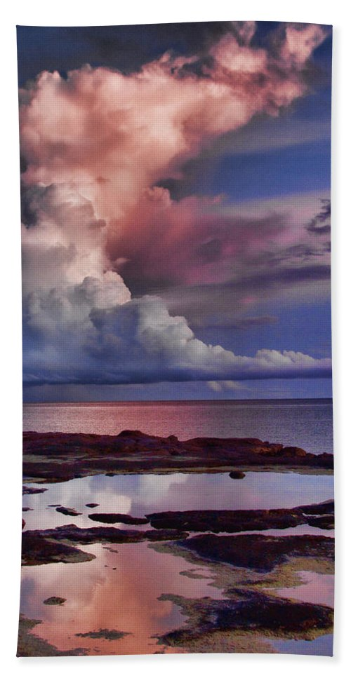 Early Morning Bath Sheet featuring the photograph Pink Sky by Douglas Barnard