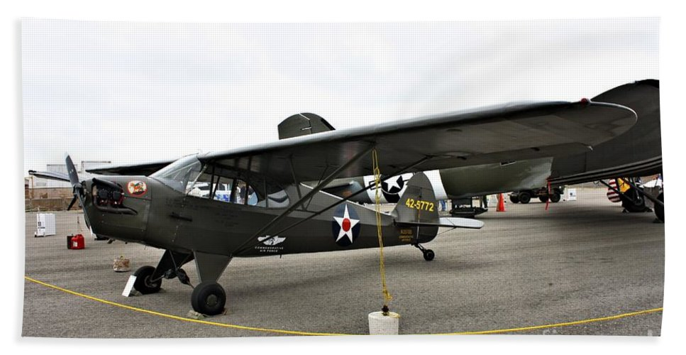 Piper Bath Sheet featuring the photograph Piper L4 Grasshopper Usa by Tommy Anderson