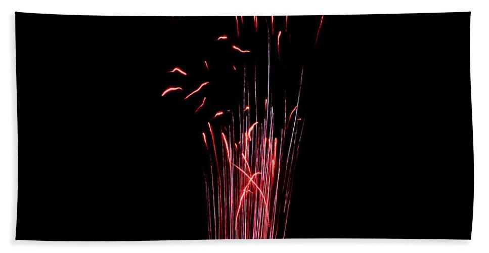 Fuego Bath Sheet featuring the photograph Pistillate Flower by Agusti Pardo Rossello
