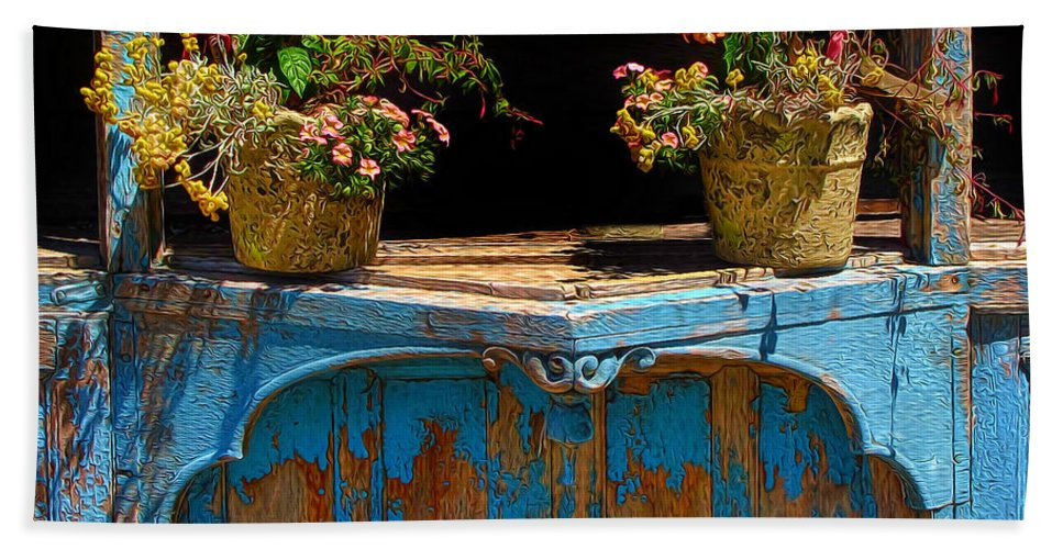 Flower Pots Bath Sheet featuring the photograph Pots Over Peeling Paint by Dave Mills