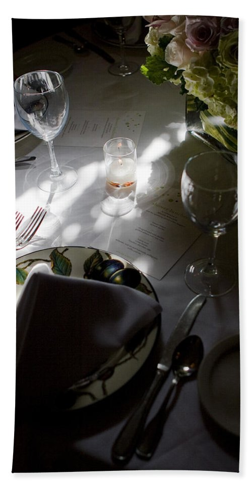 Place Setting Hand Towel featuring the photograph Pretty Place Setting by Lorraine Devon Wilke