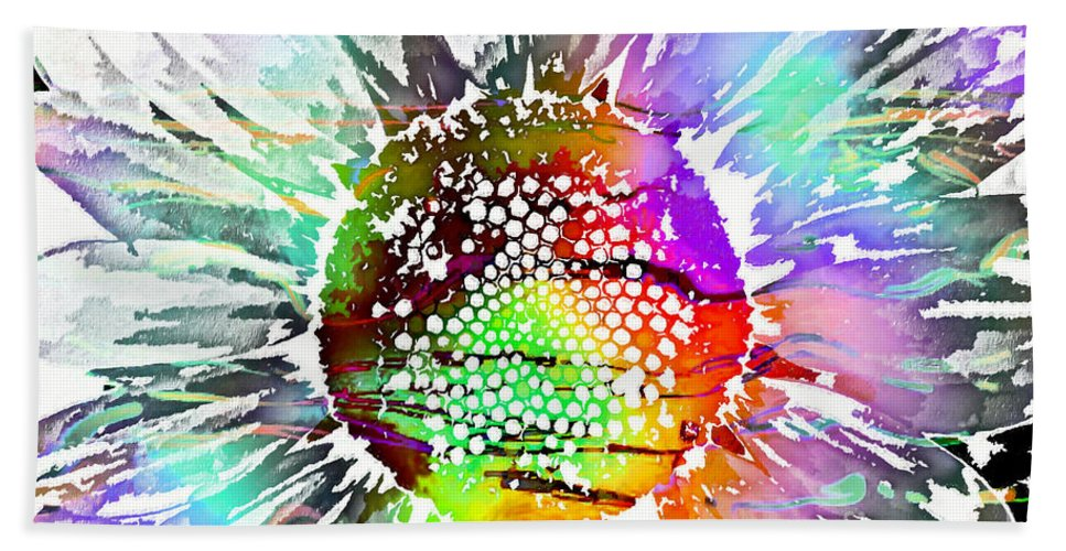Psychedelic Daisy Hand Towel featuring the digital art Psychedelic Daisy 2 by Barbara Griffin