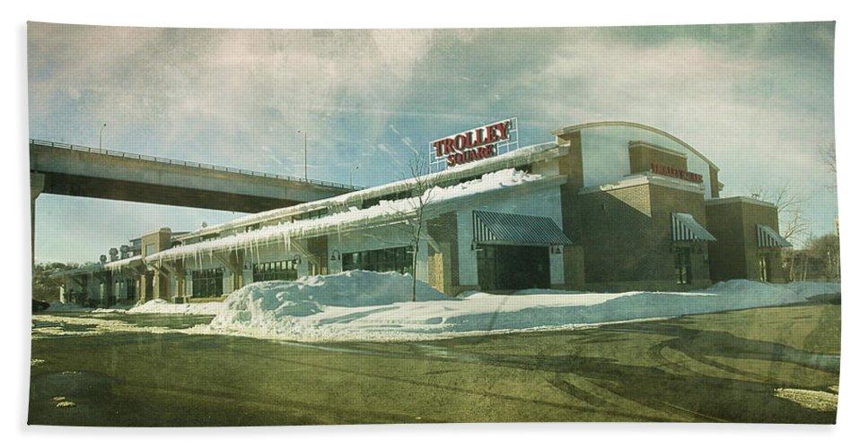Pullman's Restaurant Bath Sheet featuring the photograph Pullman's Restaurant by Joel Witmeyer