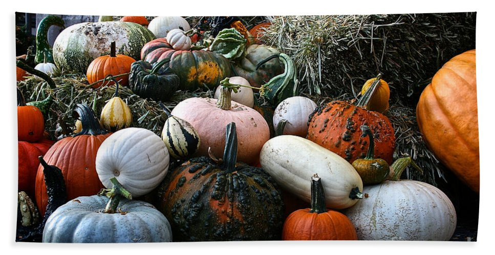 Outdoors Bath Towel featuring the photograph Pumpkin Piles by Susan Herber