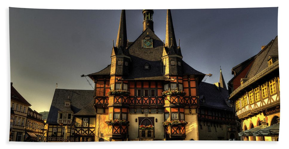 Wernigerode Hand Towel featuring the photograph Rathaus At Wernigerode by Rob Hawkins