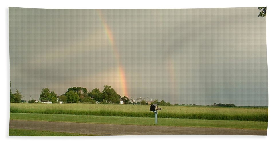 Rainbow Hand Towel featuring the photograph Ray Bow by Bonfire Photography