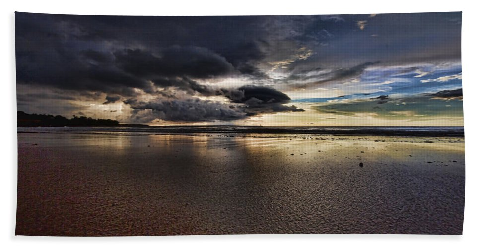 Mindil Beach Bath Sheet featuring the photograph Receding Waters V2 by Douglas Barnard