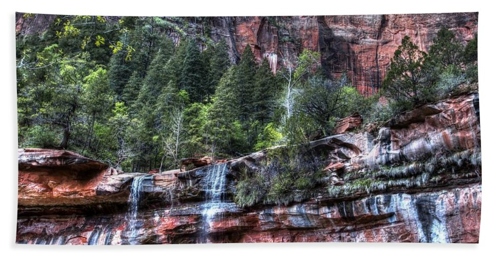 Zion Hand Towel featuring the photograph Red Falls by Jonathan Davison
