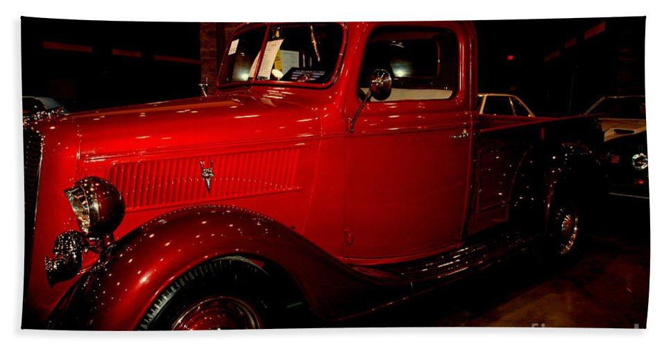 Red Ford Bath Sheet featuring the photograph Red Ford Truck by Susanne Van Hulst