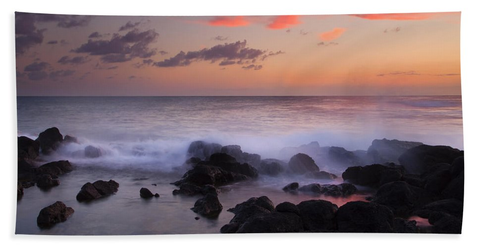 Poipu Beach Bath Sheet featuring the photograph Red Sky Paradise by Mike Dawson