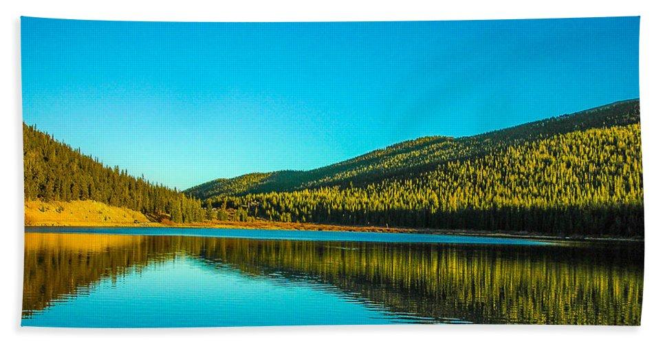Colorado Bath Sheet featuring the photograph Reflect by Shannon Harrington