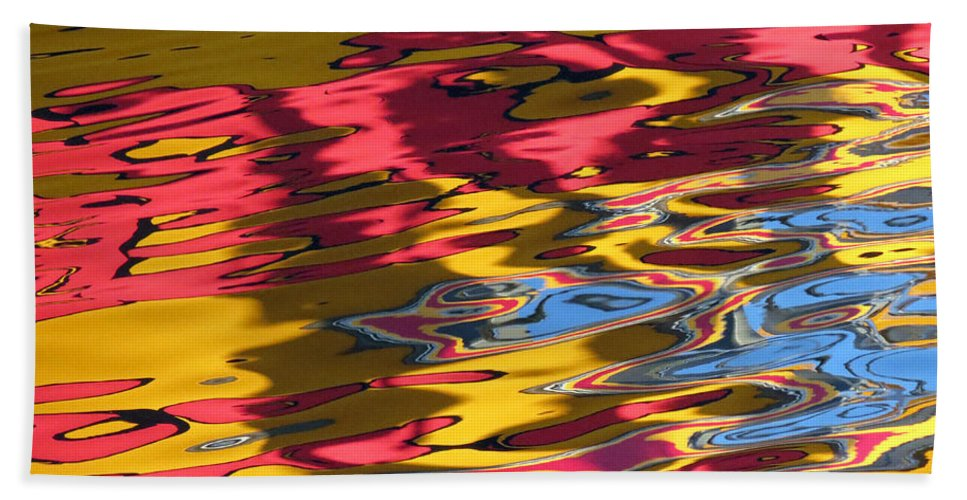 Abstract Bath Sheet featuring the photograph Reflection Abstraction by Darleen Stry