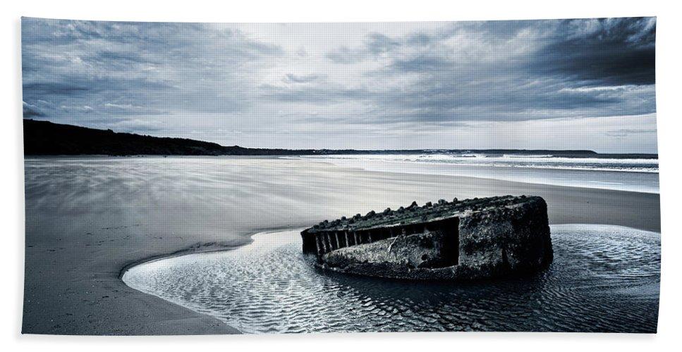 Bay Bath Sheet featuring the photograph Reighton Sands Beach by Svetlana Sewell