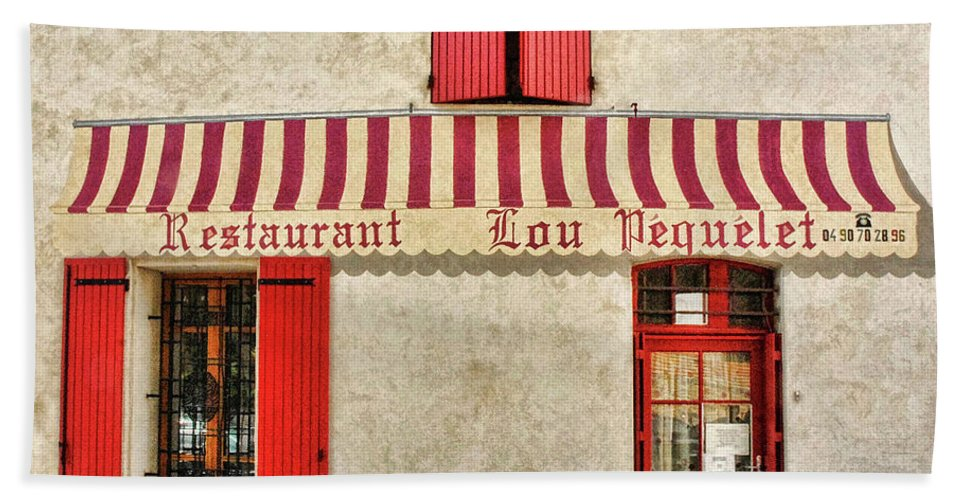 France Bath Sheet featuring the photograph Restaurant In Provence by Dave Mills