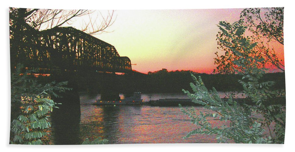 Mississippi River Hand Towel featuring the photograph Riverset by Lizi Beard-Ward