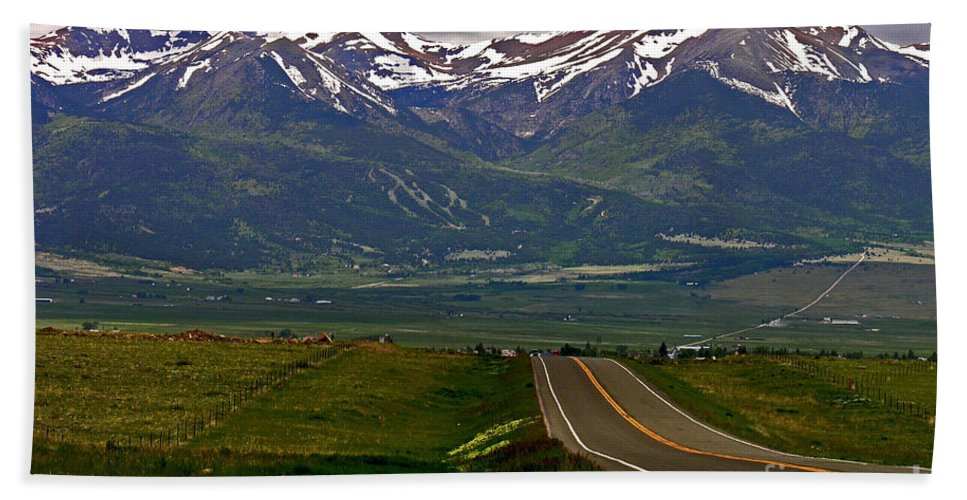 Green Bath Sheet featuring the photograph Road To The Sangre De Cristos by Peggy Starks