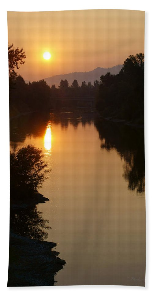 Rogue River Hand Towel featuring the photograph Rogue September Sunrise by Mick Anderson