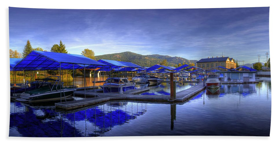 Landscape Hand Towel featuring the photograph Sandpoint Marina And Power House 2 by Lee Santa