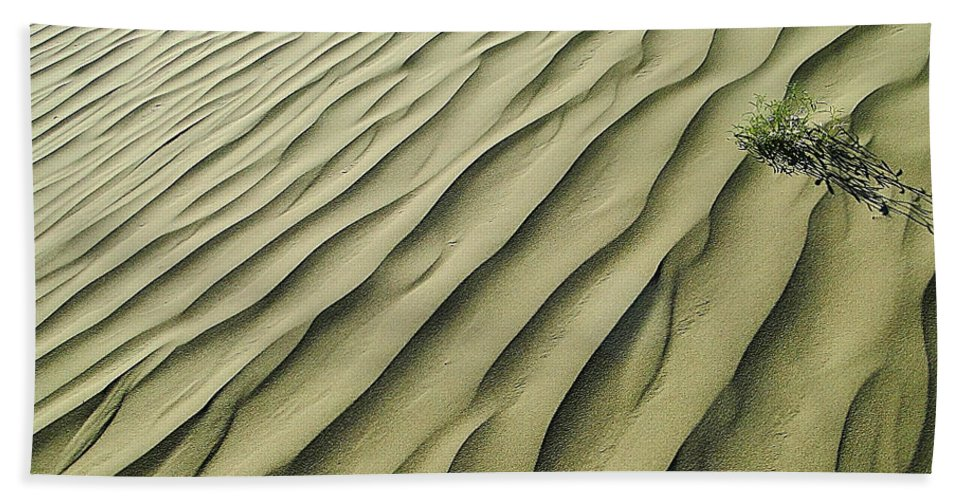 Sand Hand Towel featuring the photograph Sands Of Time by Blair Wainman