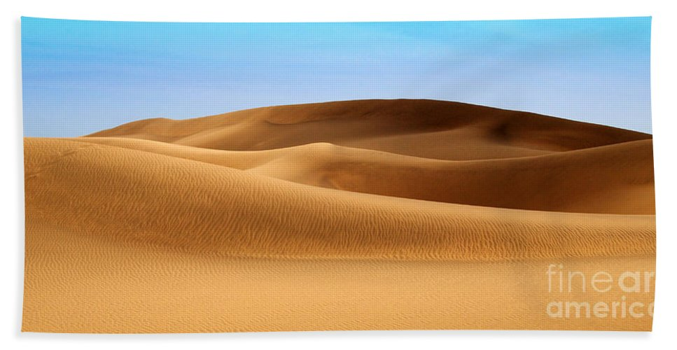 Sand Hand Towel featuring the photograph Sandunes Of Maspalomas by Rob Hawkins