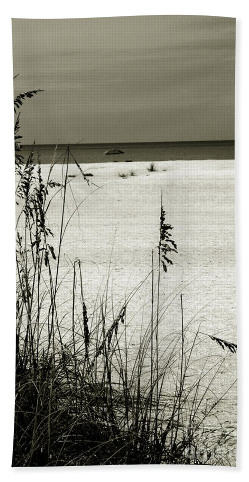 Sanibel Bath Sheet featuring the photograph Sanibel Island Florida by Susanne Van Hulst