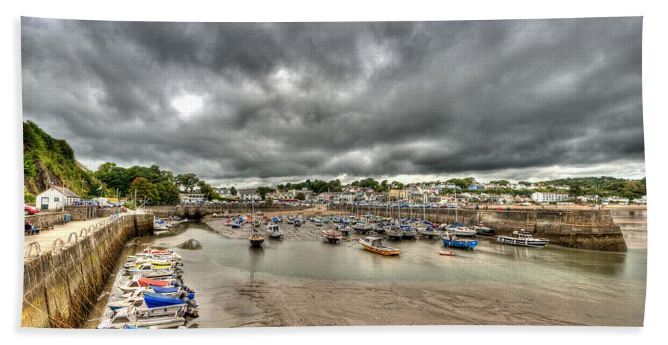 Saundersfoot Harbour Bath Sheet featuring the photograph Saundersfoot Harbour by Steve Purnell