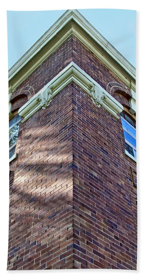 Arcitecture Bath Sheet featuring the photograph Scott County Courthouse Corner Detail by Debbie Portwood