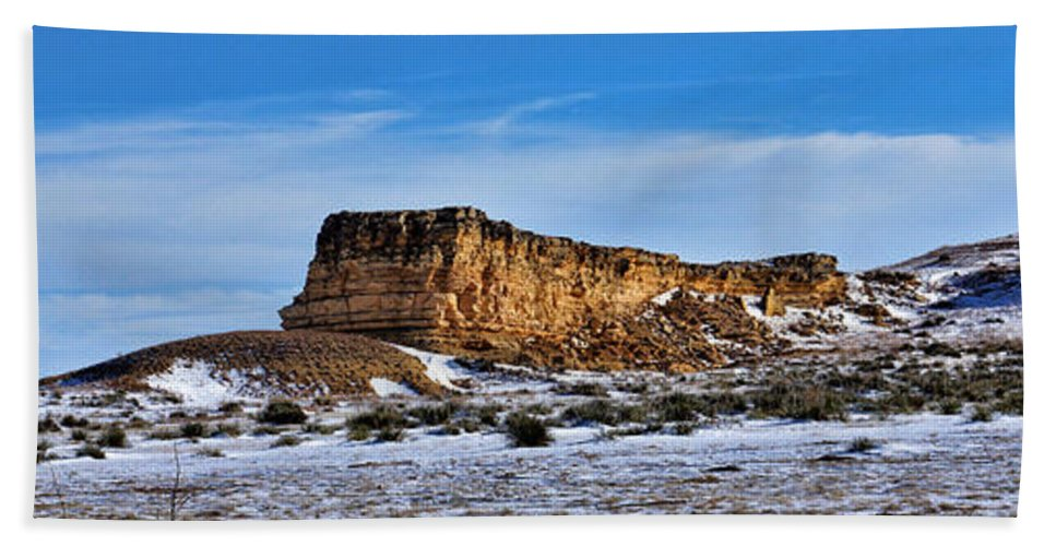 Rock Hand Towel featuring the photograph Ship Rock In Kansas by Alan Hutchins