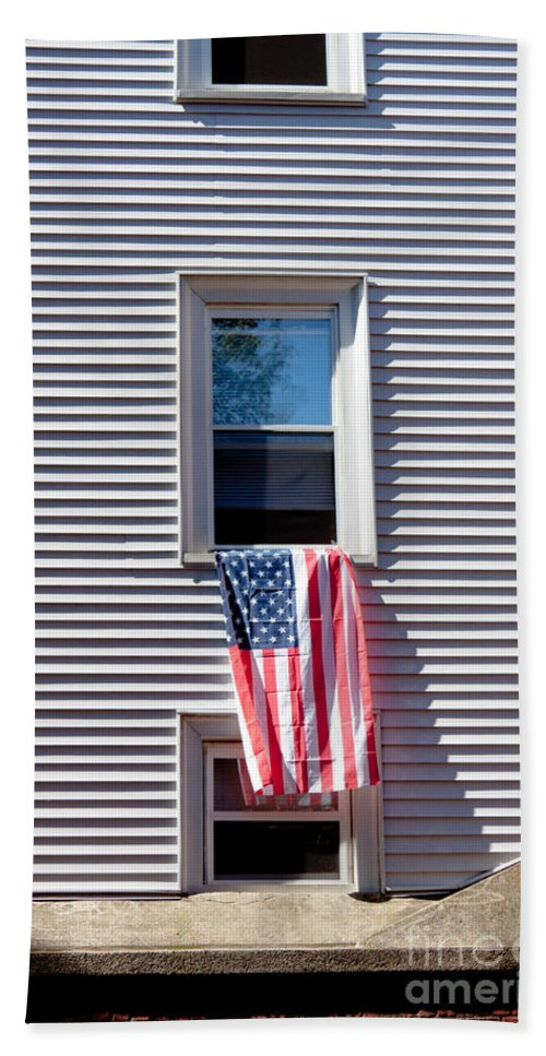 Architecture Hand Towel featuring the photograph Showing The Flag by Thomas Marchessault