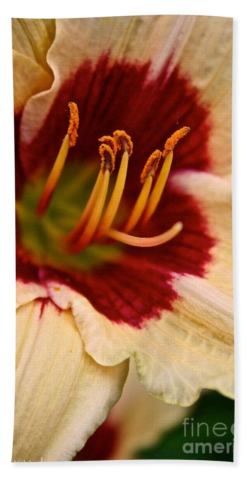 Floral Bath Sheet featuring the photograph Siloam Shocker by Susan Herber