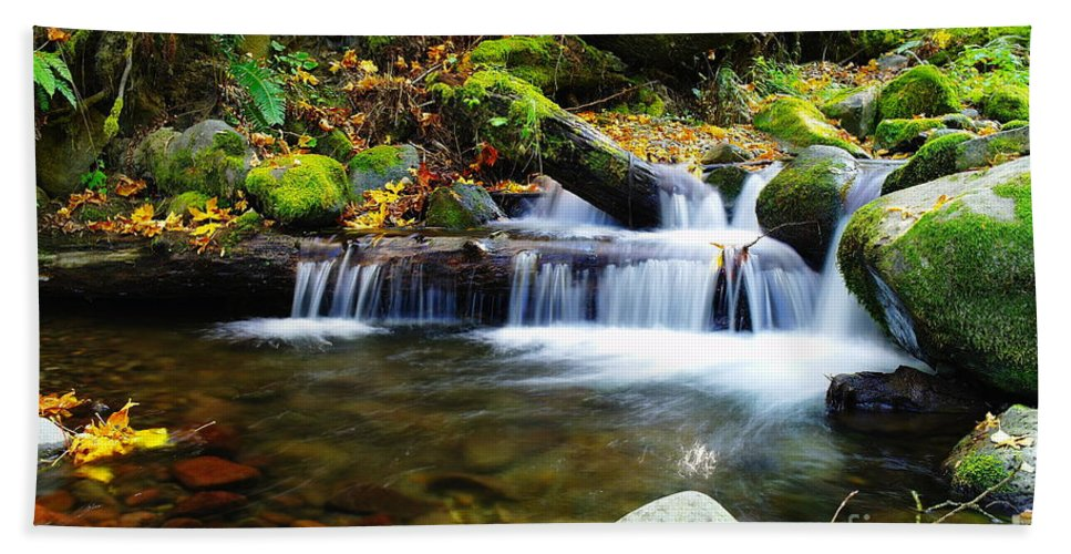 Water Bath Sheet featuring the photograph Simple Pools by Jeff Swan