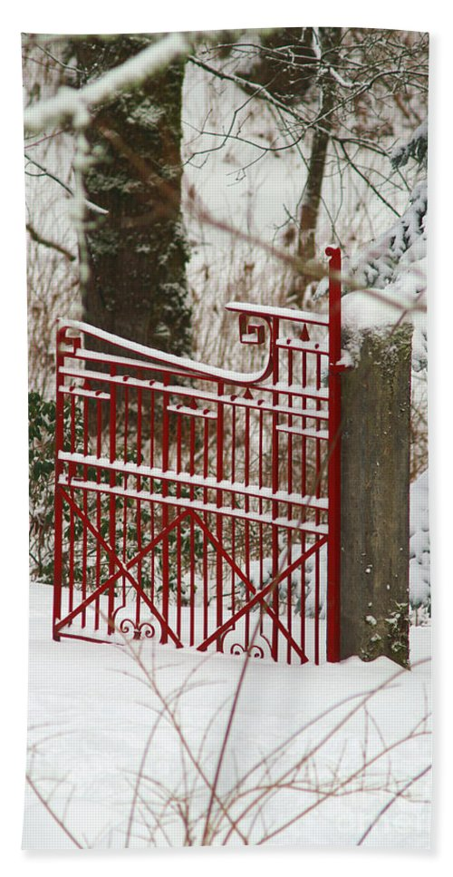 Fences Bath Sheet featuring the photograph Single Red Gate by Randy Harris
