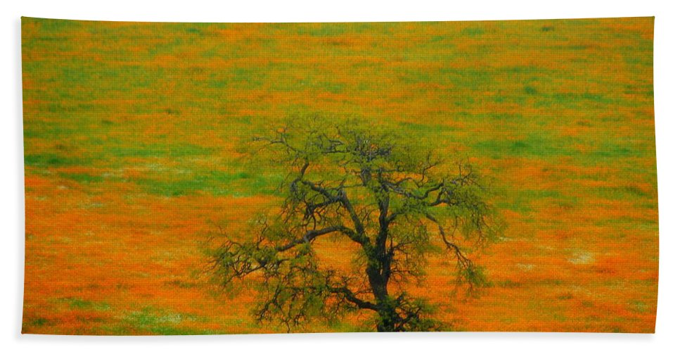 Single Hand Towel featuring the photograph Single Tree by Susanne Van Hulst