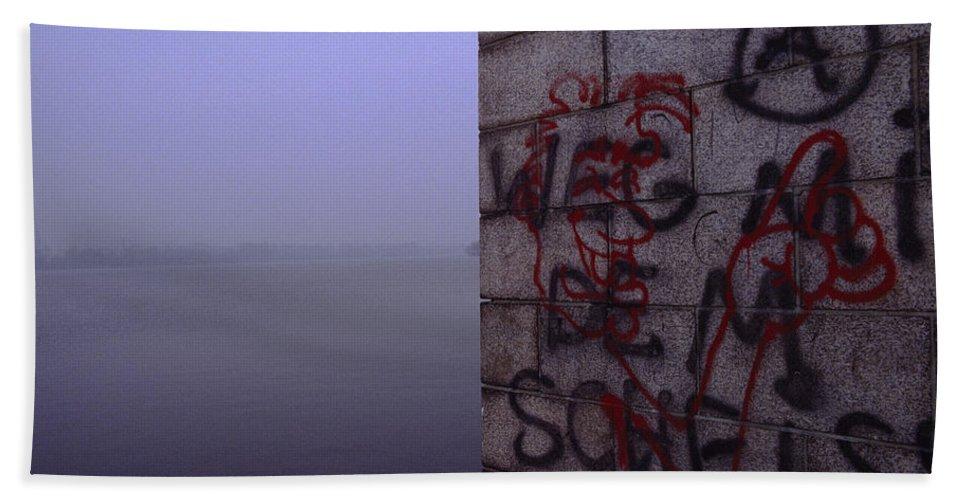 Graffiti Bath Sheet featuring the photograph Eerie Morning by Shaun Higson