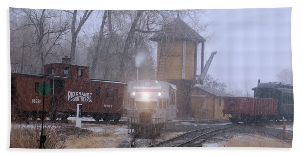 Steam Train Photographs Hand Towel featuring the photograph Snows A Coming by Ken Smith