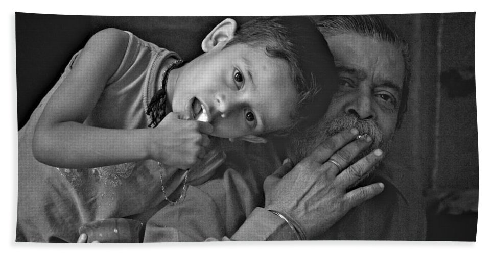 Children Hand Towel featuring the photograph So Happy With Grandfather by Valerie Rosen