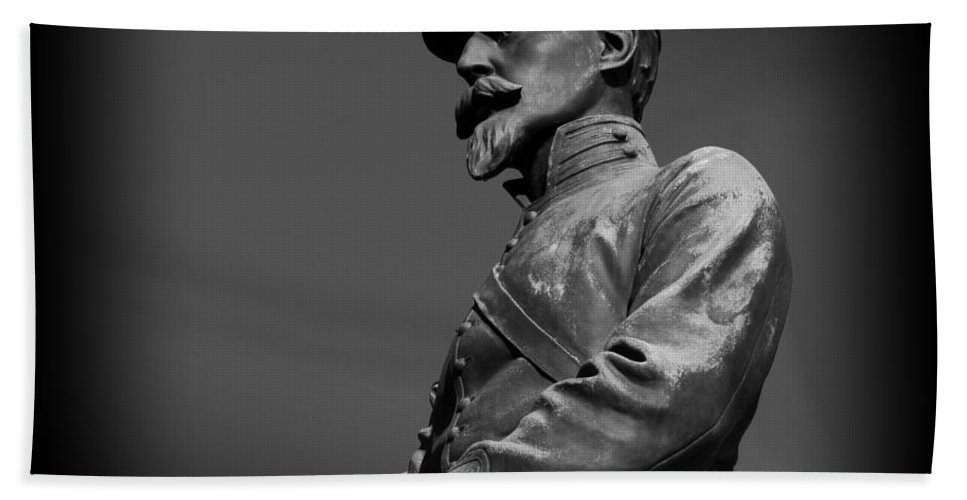 Bronze Hand Towel featuring the photograph Soldier In Bronze by David Dehner